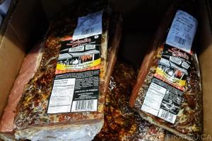 モントリオールは、コストコで肉をスモーク